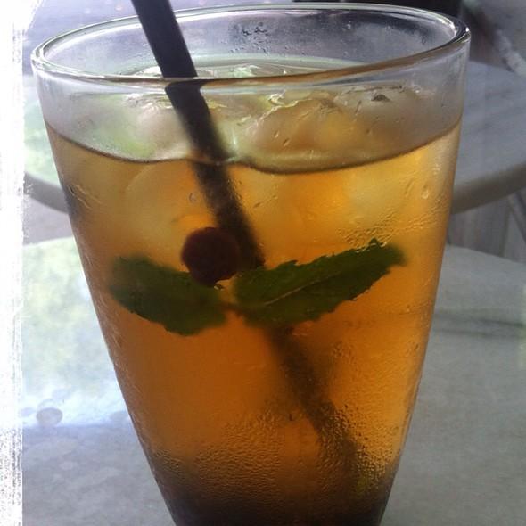 Red Fruits Iced Tea Lemonade @ Bar Du Marché