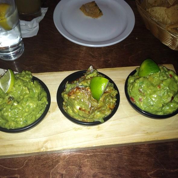 Guacamole Sampler Platter