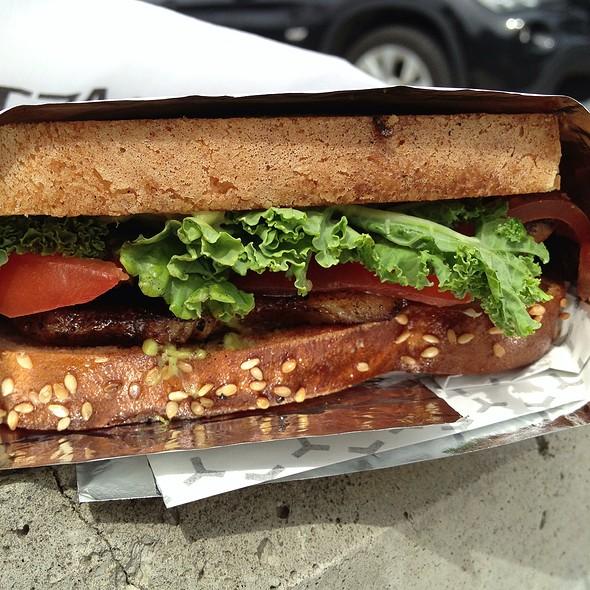 Pkt - Pork Belly, Kale, Tomato Sandwich With Avacado Jalapeno Salsa @ Wychwood Barns