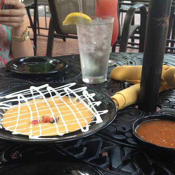 Queso - RJ Mexican Cuisine, Dallas, TX