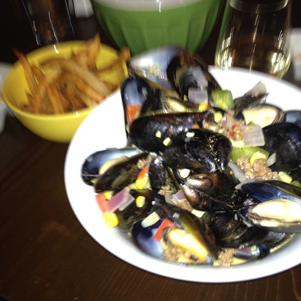 Chipotle Moules Frites at Trappe Door & Trappe Door Menu - Greenville SC - Foodspotting