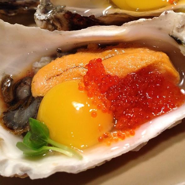 Honeymoon Oyster