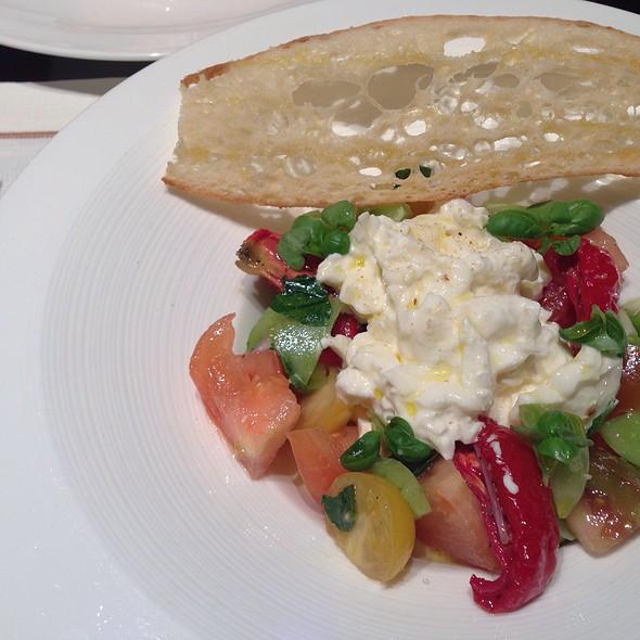 Burrata Cheese @ Four Seasons Hotel Hong Kong 香港四季酒店
