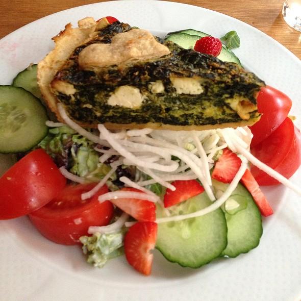 Gemüsequiche @ Cafe Konrad