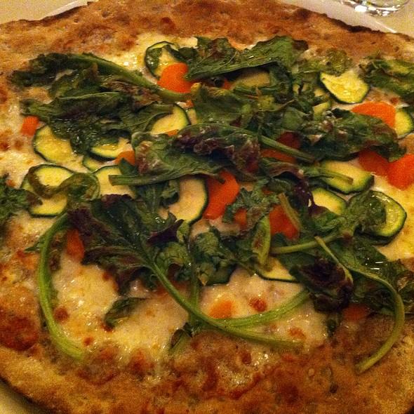 Pizza Alle Verdure Dolci Con Impasto Integrale @ Locanda Biorurale Casa Azzurra