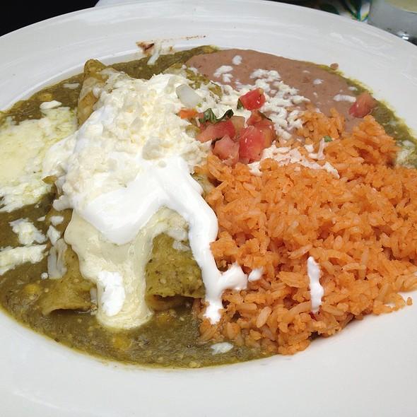 Enchiladas Verdes - Ácenar, San Antonio, TX