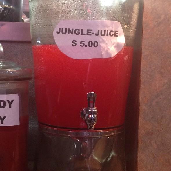 Jungle Juice @ Plaka Cafe
