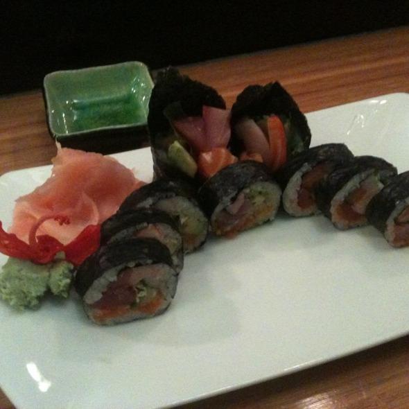 Sushi @ Oysy Japanese Sushi Restaurant