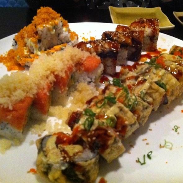 Sushi @ Sushi Ya Japanese Cuisine