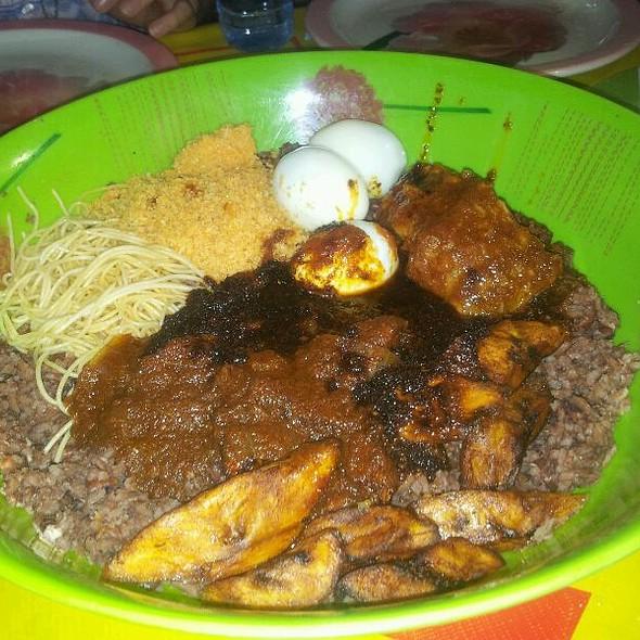 Waakye @ Osu, Accra, Ghana