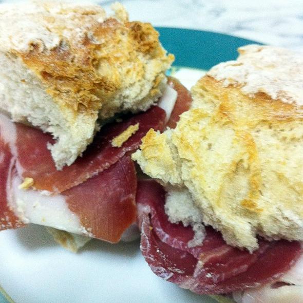 Jamon serrano sandwich @ Kool's