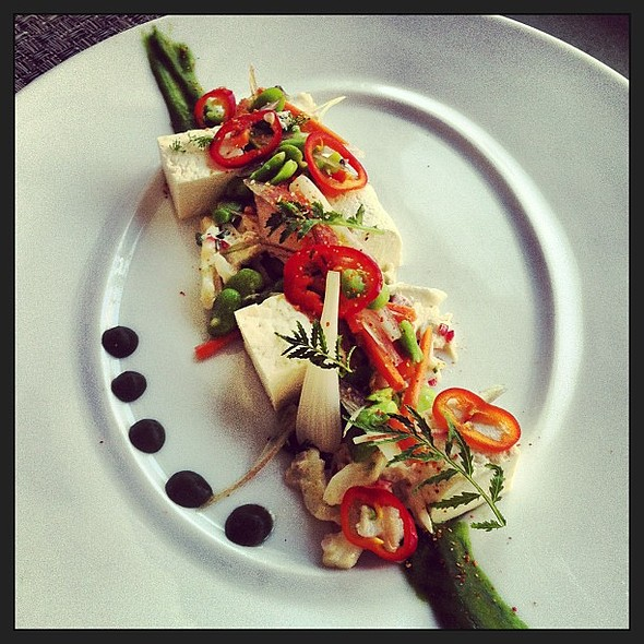 Salad of Maryland Blue Crab and Chilled Tofu @ The Source by Wolfgang Puck