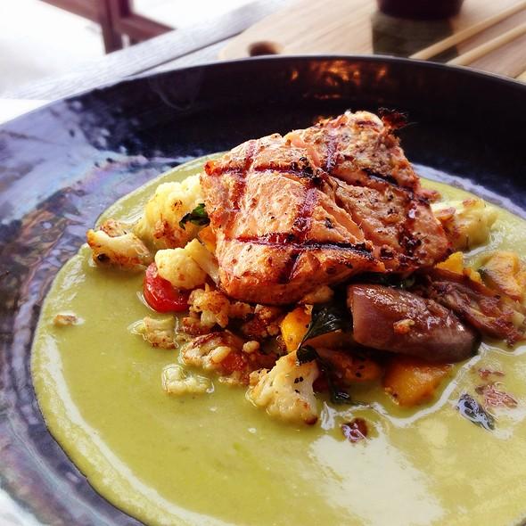 Coriander Grilled Salmon @ Take A Bao