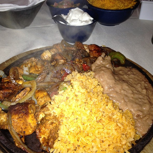 Chicken Fajitas @ Joe T Garcia's Mexican Restaurant