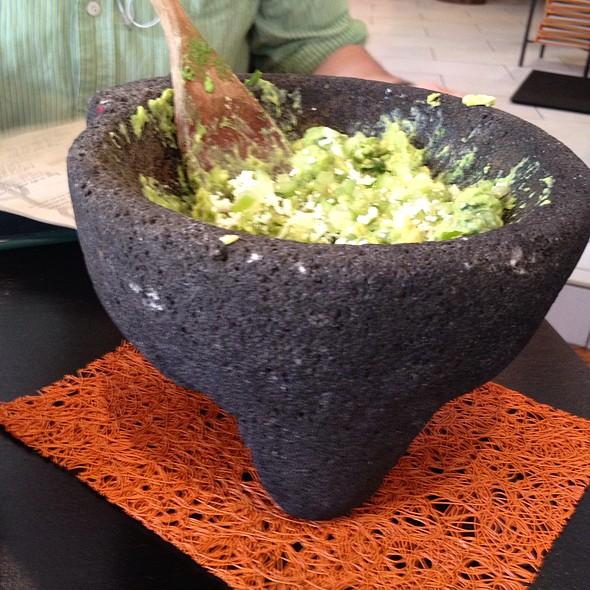 """""""Guacamole"""" @ Oyamel Cocina Mexicana"""