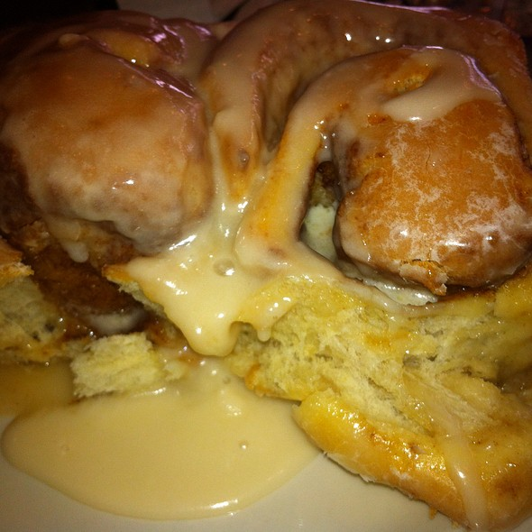 Cinnamon Rolls @ Ann Sather's Restaurant