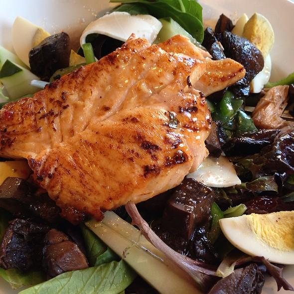 Salad Nicoise @ Gemini Diner