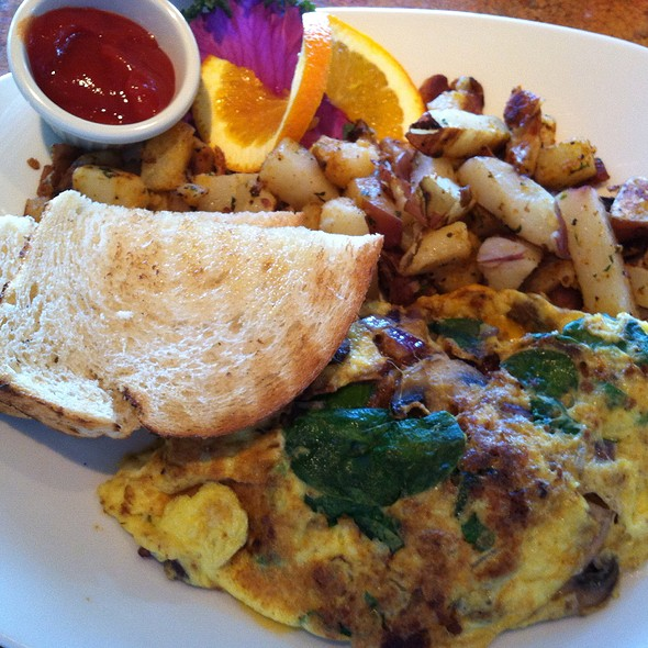Steinbeck Omlet - Vizcaino Waterfront Food + Drink, Monterey, CA
