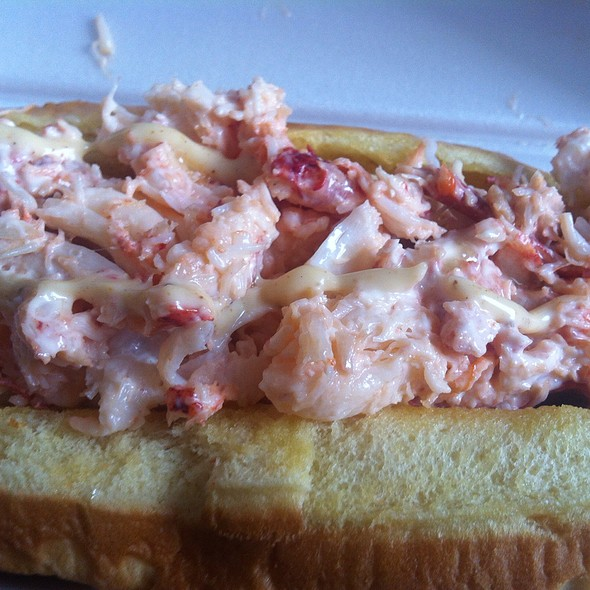 Old Bay Lobster Roll