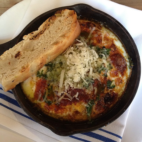 Baked Eggs @ Isa