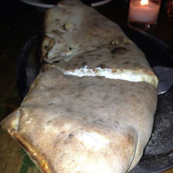 Calzone @ Lucali's