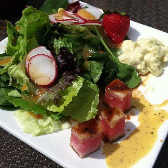 Salad Bar - Bracco World Cafe & Island Bar, Sioux Falls, SD