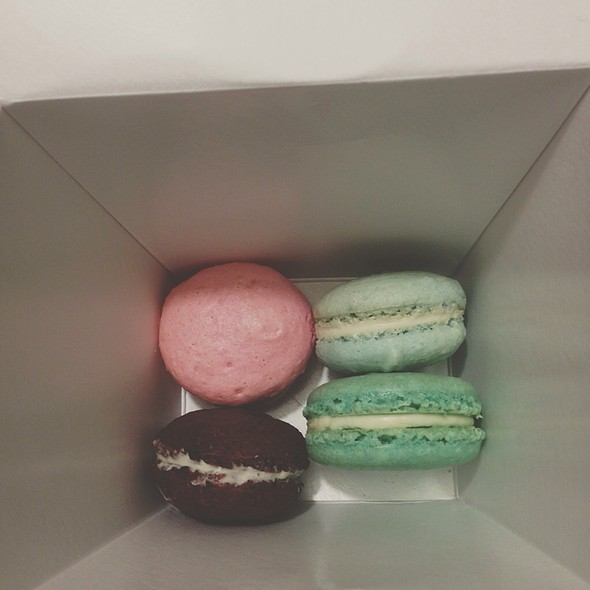 Mint, Vanilla, Raspberry And Red Velvet Macarons @ Union General