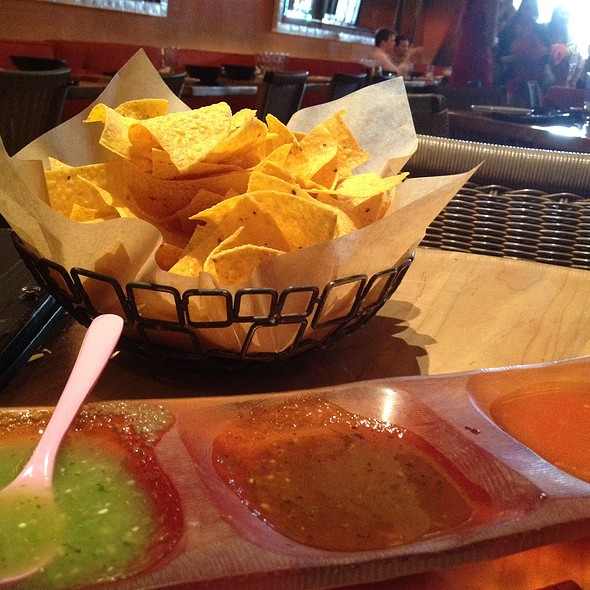 Chips And Salsa Trio - Dos Caminos - Park, New York, NY
