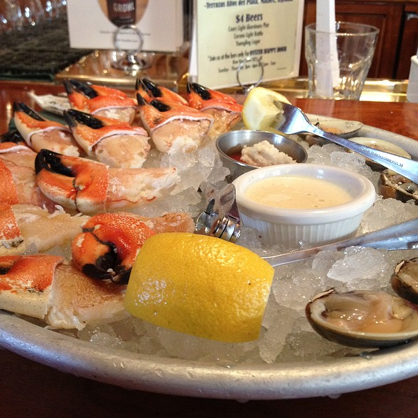 Claws And Clams - Clyde's of Gallery Place, Washington, DC