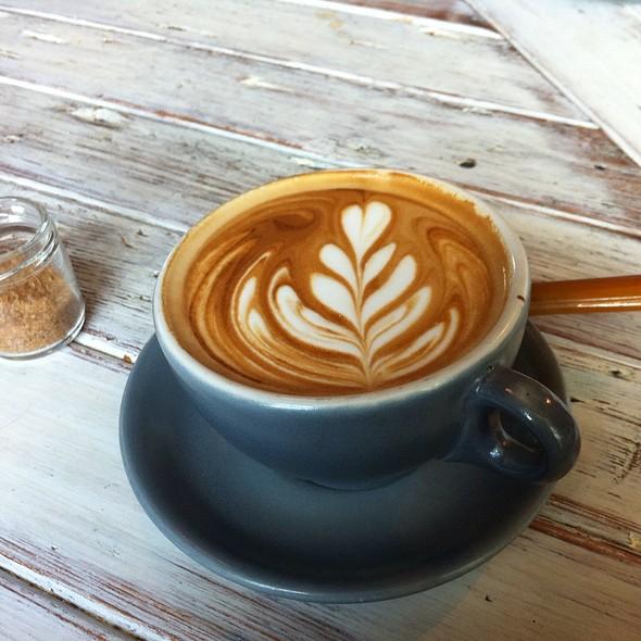 Latte @ Artifact Coffee