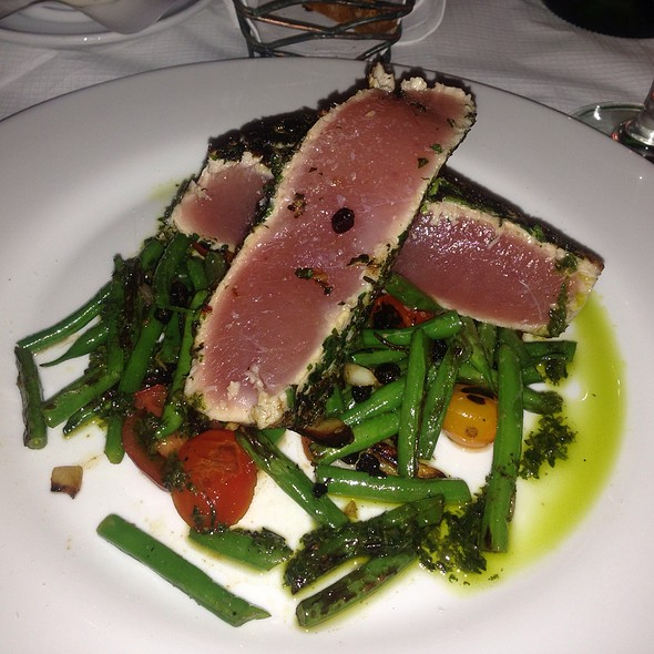 Grilled Yellowfin Tuna - Rue 57, New York, NY