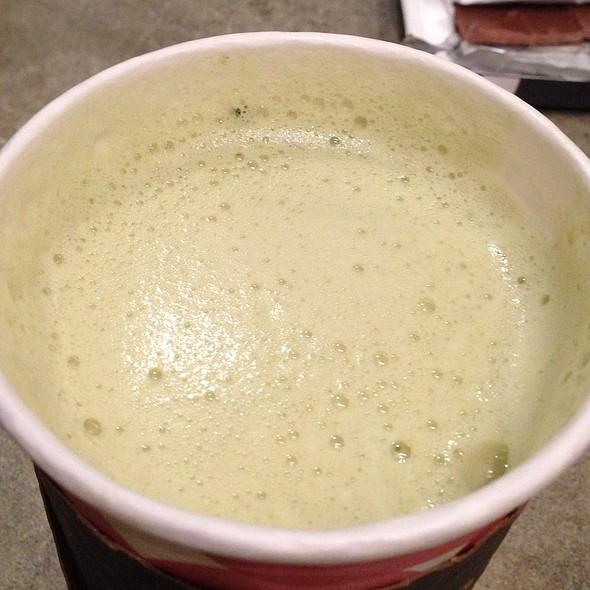 Matcha Vanilla Latte @ Argo Tea Cafe