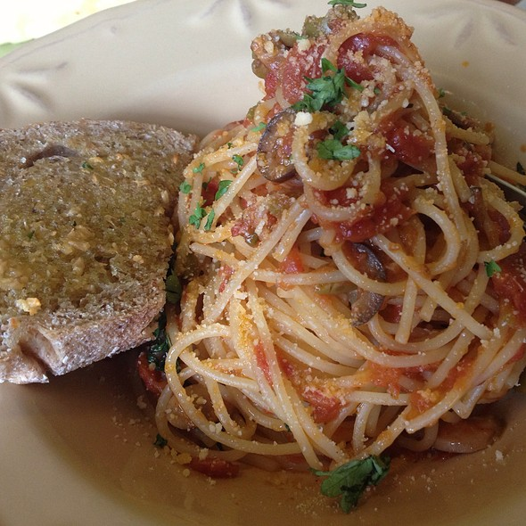 Fresh Tomato And Herbs Pasta @ Mary Grace Cafe