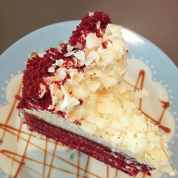 Red Velvet Cake @ Vanilla Cupcake Bakery