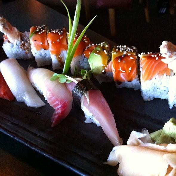 Sushi @ Fuji Ya