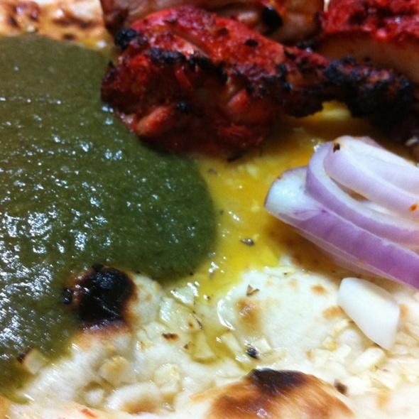 Garlic Naan With Chicken Tandoori @ Craven Cafe