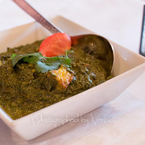 Saag Paneer - Saffron Indian Bistro, San Carlos, CA