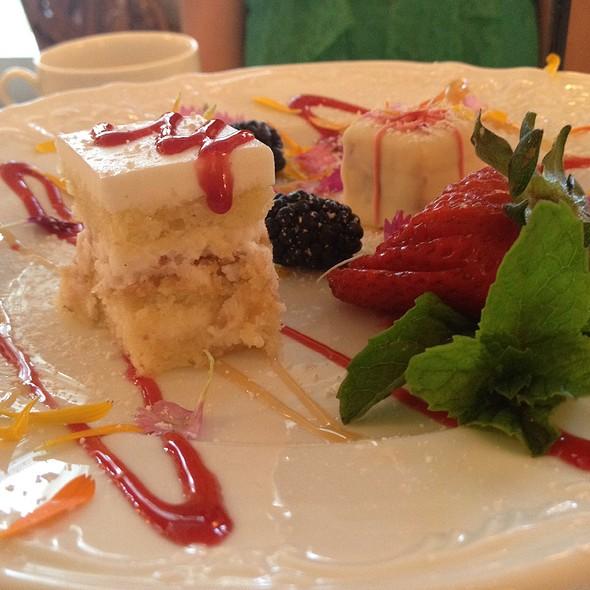 Dessert @ Scarlet Tea Room