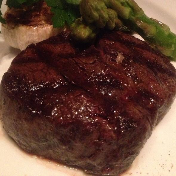 Steak @ Mezza9