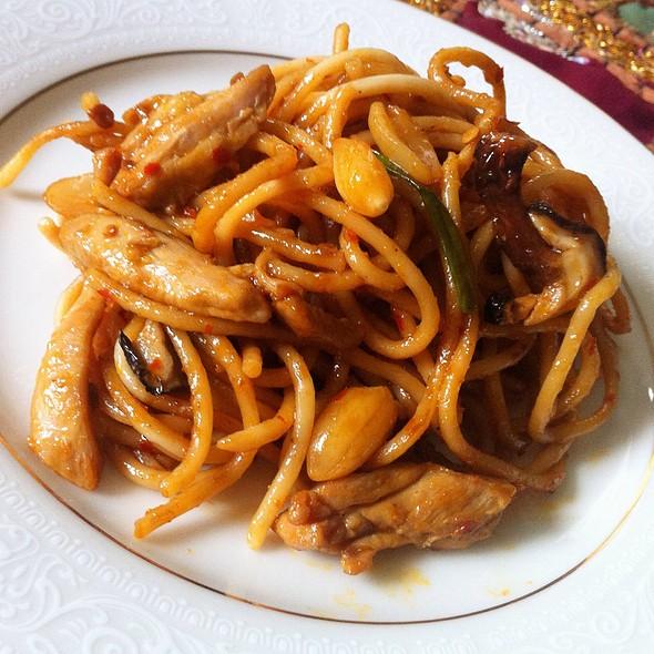 Kung Pao Chicken Pasta @ Mi Casa