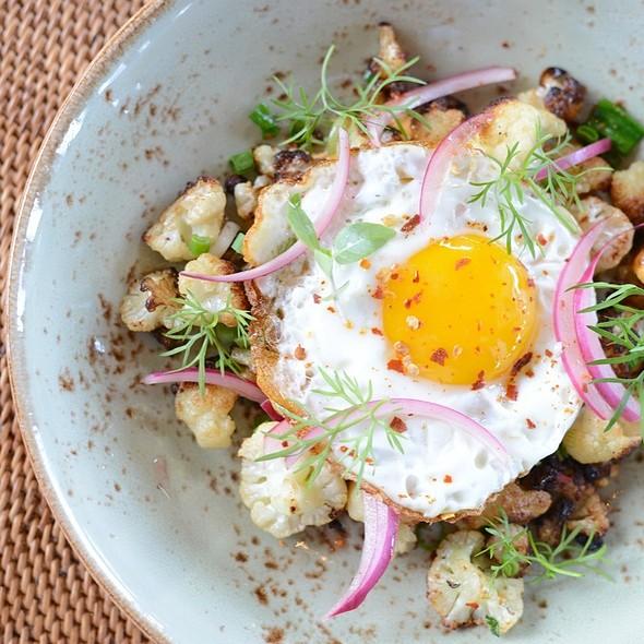 Organic Fried Egg @ 'ULU Ocean Grill