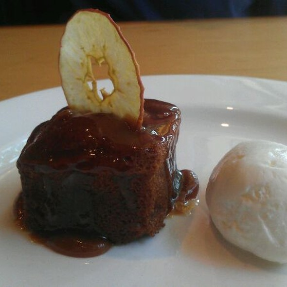 Spiced Applecake With Sour Cream Ice Cream @ Celilo