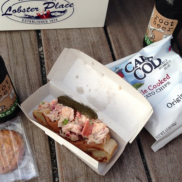 Lobster Roll Picnic Box @ The Lobster Place