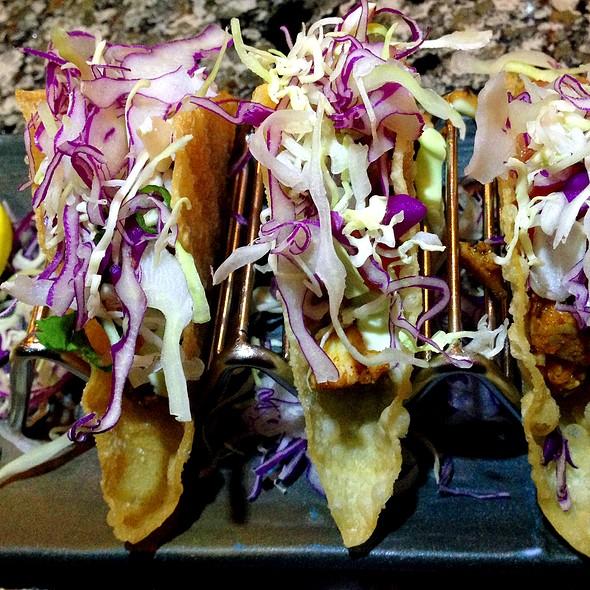 Mini Blackened Ahi Tacos @ Encinitas Sushi Lounge