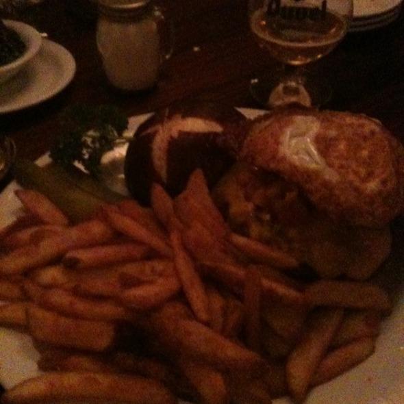 Matterhorn Burger @ The Bavarian Lodge