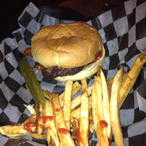 Classic Burger @ Shep's Southside
