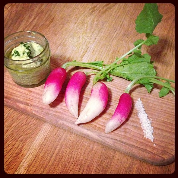 Fresh Radishes! Local Produce! @ 2 Vine