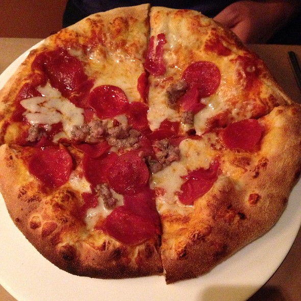 Bronx Pizza @ CityVu Bistro