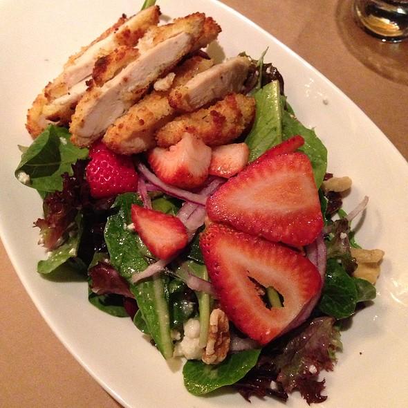 Strawberry Salad @ CityVu Bistro
