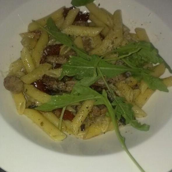 Penne z poledwicą i pomidorkami @ Augusta Bar And Restaurant